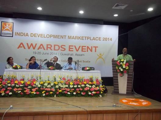 Managing Trustee Sanjoy Hazarika speaking at the World Bank Award event