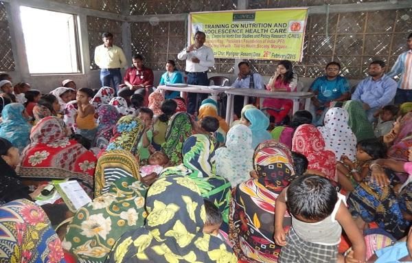 The DPO Shyamjit Pashi explaining the objectives of the  program at Morishali Char village.
