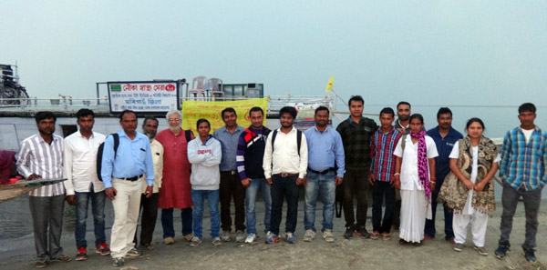 team from Mobility India with the Morigaon Boat Clinic team