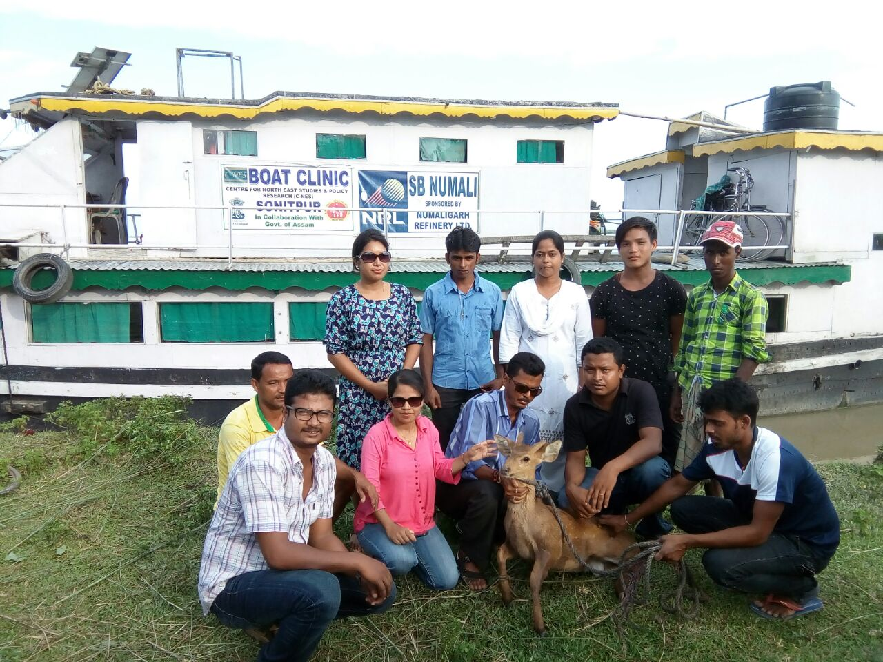 The Sonitpur Boat Clinic team rescued a deer from the sweeping flood waters in July 2016. It was subsequently handed over to the Department of Forest. The work of the Boat Clinics go beyond just delivering basic health care.